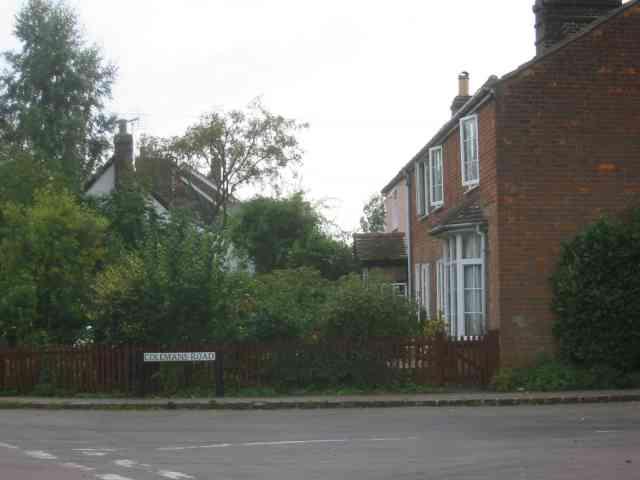 Houses in Colemans Road Breachwood Green