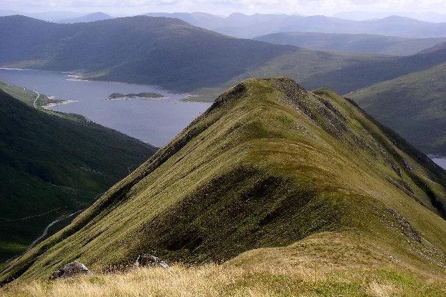 Am Bathach ridge