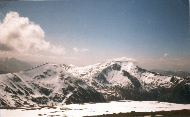 View west from the summit of Stob Coir'an Albannaich