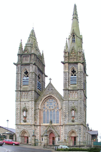 Omagh Sacred Heart Church / The Chapel by Kenneth  Allen