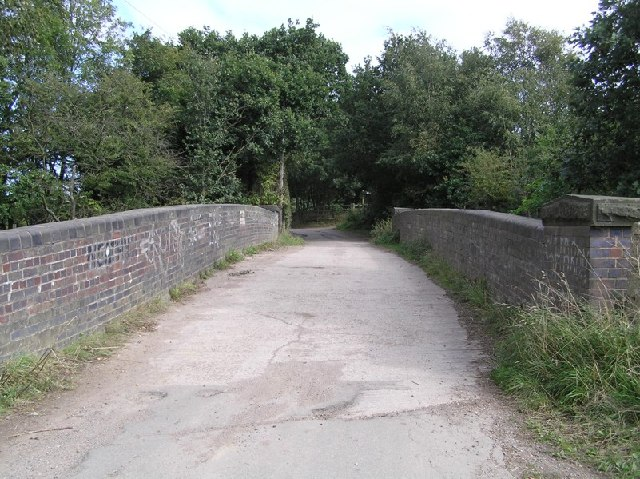 Boiley Lane railway bridge over former LNER