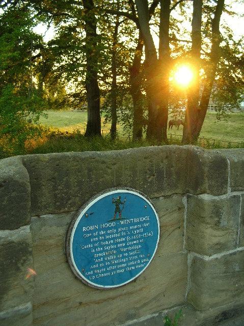 Photo of Robin Hood blue plaque