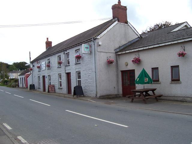 Glan-yr-Afon Arms