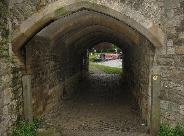 Thames Path at Abingdon bridge