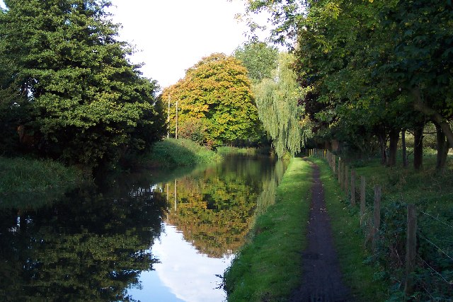 End of the summer on the Wey Navigation