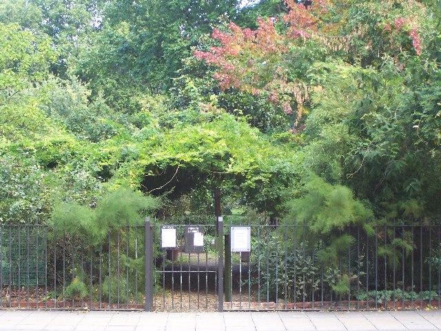 Eccleston Square Gardens, Pimlico
