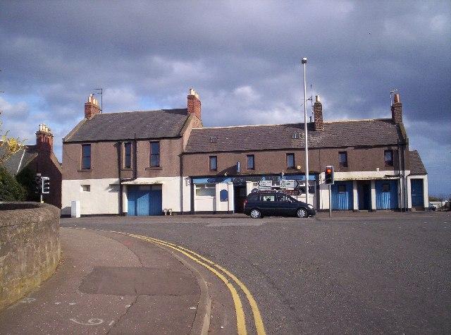 Lochside Bar