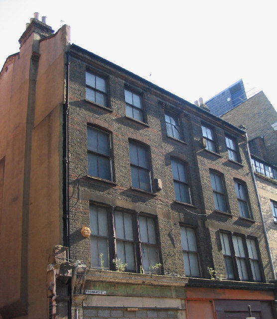 Derelict Warehouse, City Of London © John Winfield Cc-by