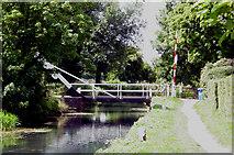 SU7251 : Swing Bridge over the Basingstoke canal by Crispin Purdye