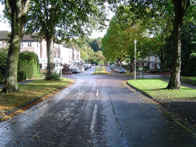 Rickmansworth: Main Avenue, Moor Park