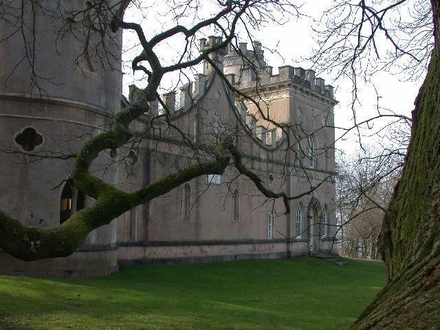 Clytha Castle