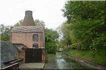 SJ6902 : China pottery kiln & canalside, Coalport by Crispin Purdye