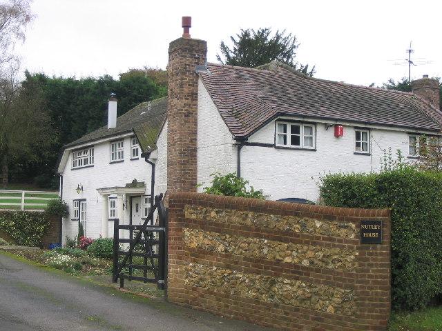 Nutley House on the B3046