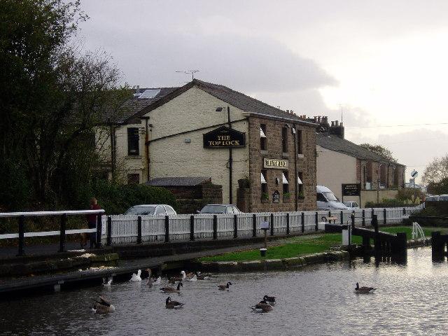 The Top Lock pub - Johnson Hillock