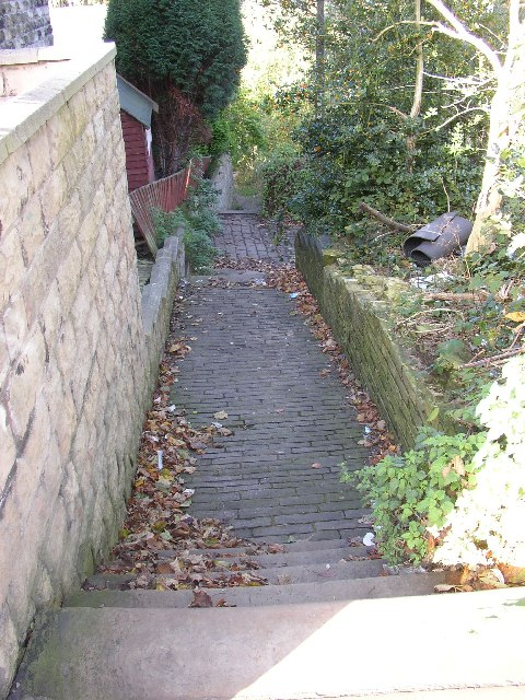 Footpath off Crowtrees Lane, Rastrick