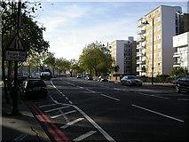 TQ2977 : Grosvenor Road, London SW1 by Peter Jordan