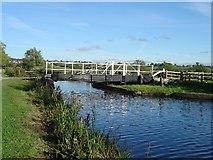 ST9160 : Kennet & Avon Canal by Michel Van den Berghe