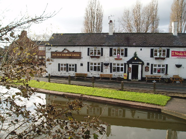 The Old Broken Cross Public House