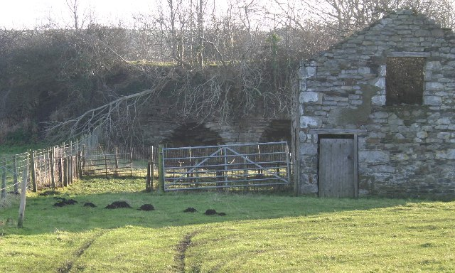 Disused Limekiln and Quarry