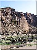 TA1281 : Boulder clay cliffs of Filey Brigg by Barry Hoggart