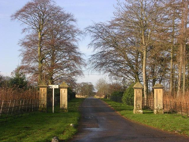 Entrance to Cliffe Hall, near Piercebridge