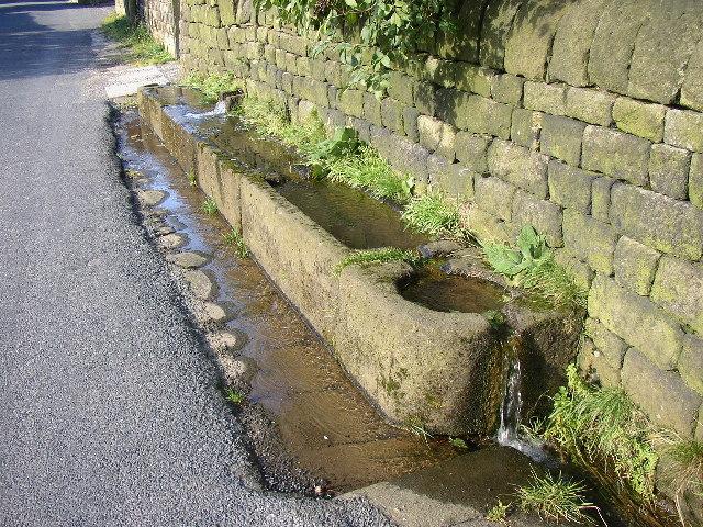 Stone water trough, Mankinholes