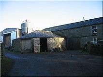 NY9058 : Low Ardley Farmhouse possible Gin Gang by Les Hull