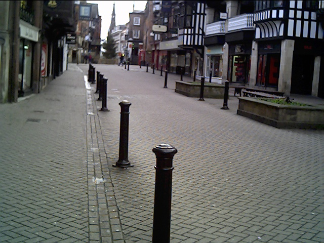 Eastgate Street looking towards the Cross on Christmas Day