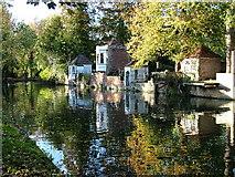 TL3514 : Historic gazebos on River Lea, Ware by Melvyn Cousins
