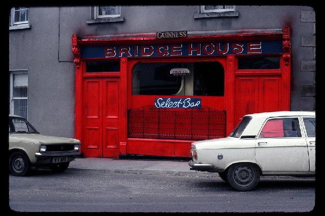 Bridge House Bar, Cahir