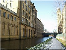 SE1438 : Salts Mill from the Leeds and Liverpool Canal by Rich Tea