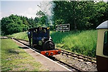 SH9234 : Bala Lake Railway by Ken Crosby