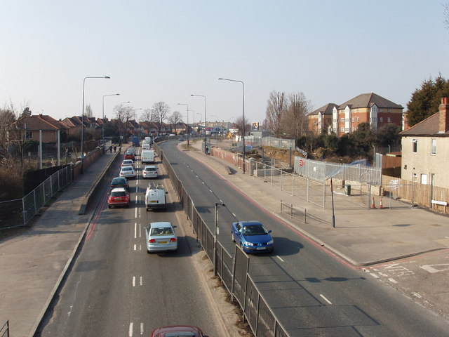Western Avenue (A40), North Acton