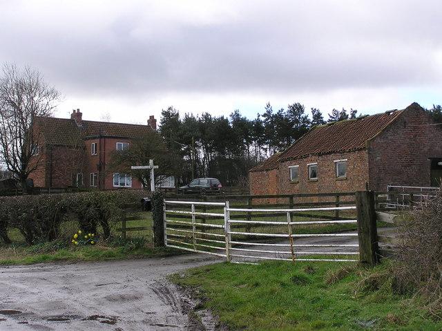Low Entercommon  Farm