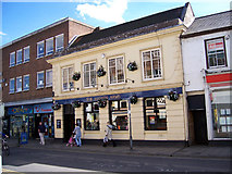 TA2609 : The Lloyds Arms, Grimsby by David Wright