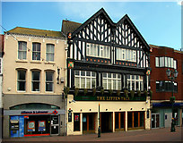 TA2609 : The Litten Tree, Grimsby by David Wright