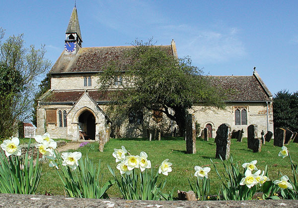 St Edmunds & St George Church. Hethe