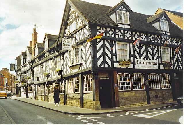 Market Drayton, Tudor House Hotel.