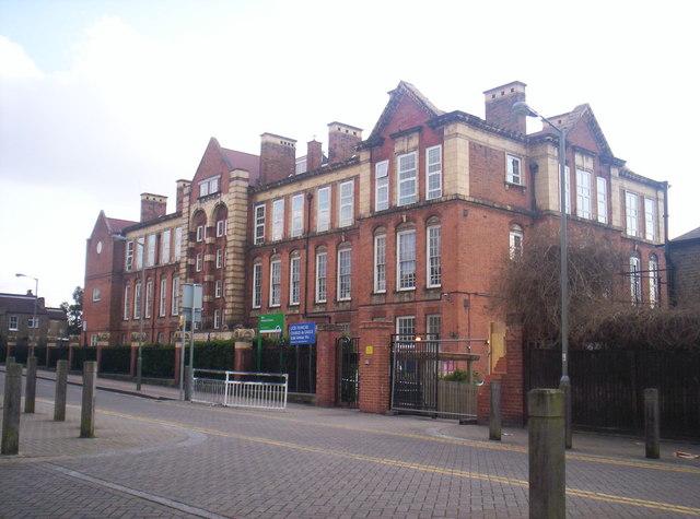 Wix Primary School (1903) & Lycee Charles de Gaulle