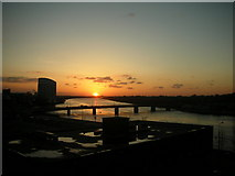 R5656 : Sunset over the River Shannon, Limerick, Ireland. by Richard Spearin