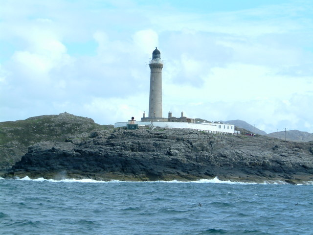 Ardnamurchan Lighthouse from the sea © Frank Smith cc-by-sa
