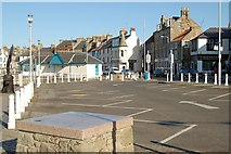 NO5603 : Shore Street, Anstruther by Jim Bain