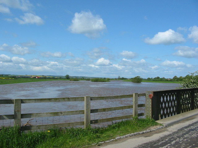 Ryton Rapids in flood May 23rd 2006.