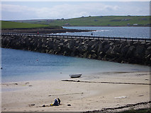 ND4798 : Churchill Barrier no. 3, low tide by Lis Burke