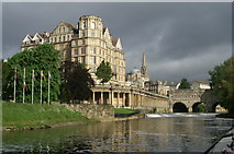 ST7564 : The Empire and Pulteney Bridge, Bath by Pierre Terre