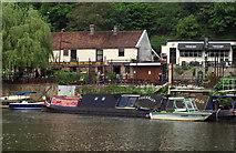 ST6470 : Old Lock & Weir Ale House, Hanham Mills by Pierre Terre