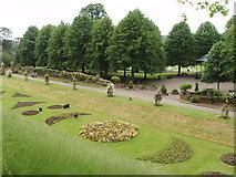 TL9925 : Avignon garden, Colchester castle park by David Hawgood