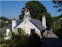 SX5547 : Pillory Hill, Noss Mayo by Derek Harper