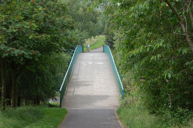 footbridge  belmont park  belfast  u00a9 albert bridge
