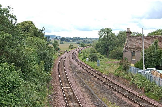 Railway line, Cupar